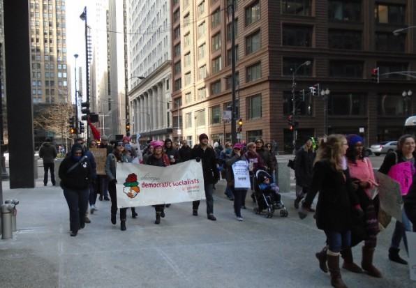 Chicago DSA delegation marching to Grant Park. Photo by Roman